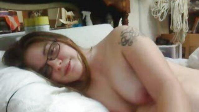 禿げた男fucks自身のために二つの女性にコック 無料 イケメン av